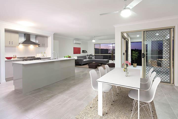 Stroud Beechmont 204 Kitchen